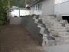 Trappe og støttemur i herregårdssten